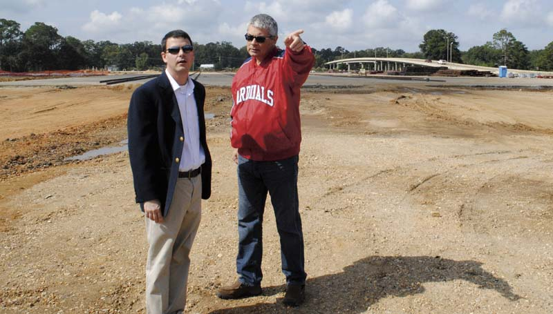 DAILY LEADER / JUSTIN VICORY / Executive director of the Brookhaven-Lincoln County Chamber of Commerce Garrick Combs (left), receives a construction overview of American Railcar Inc.'s new Brookhaven plant from Tom Ward, director of new business for ARI.