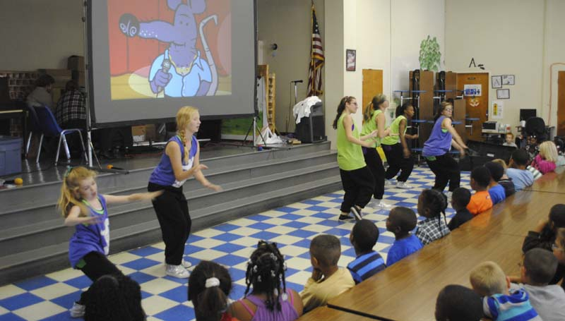DAILY LEADER . JUSTIN VICORY / Dancers selected from schools in the state entertain and educate school children about the dangers of tobacco usage at Mamie Martin Elementary School as part of a Tobacco Prevention and Cessation Program Thursday afternoon.