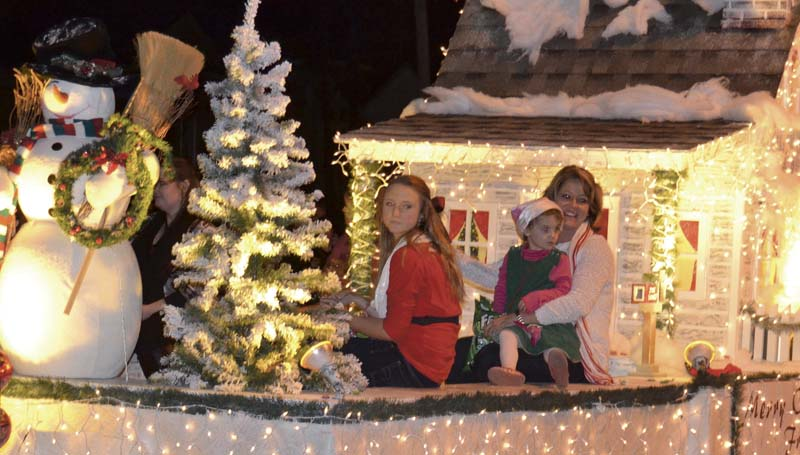 DAILY LEADER / RACHEL EIDE / Pike National Bank's Winter Wonderland float was named the winner in the business category in the parade competition.