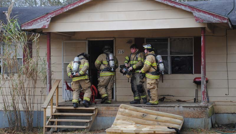 THE DAILY LEADER / JUSTIN VICORY / The Brookhaven Fire Department responded to a house fire call at 716 S. Second St. at approximately 11 a.m. Tuesday. Firefighters used a fan to clear smoke out of the residence and reported no structural damage at the scene.