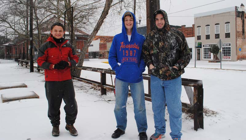 Richardson is joined by Michael Richardson and Colby Vanier for a walk downtown to see the frozen sights.