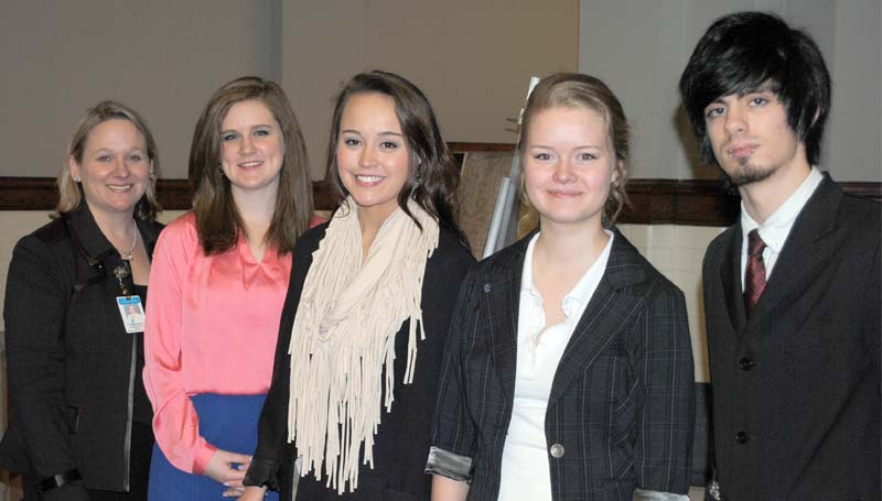 Mississippi School of Arts executive director Suzanne Hirsch (from left) is seen here with students on Tuesday on a trip to the Mississippi State Capitol. Also pictured is Jamie Lee, Katie Pinkard, Elsa Schmitz and Tyler Lynn.