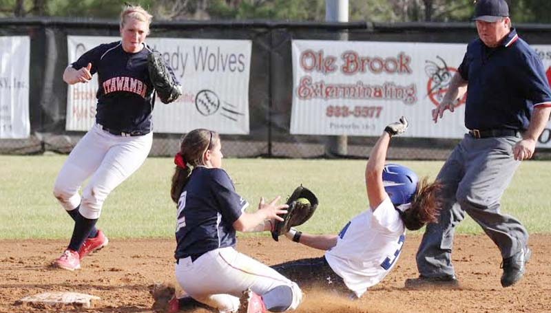 CO-LIN MEDIA / NATALIE DAVIS / Missy Romero (3) slides safely into second base in JUCO softball action.