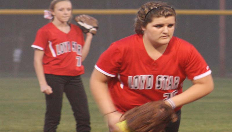 DAILY LEADER / MARTY ALBRIGHT / Loyd Star Ali Garman practices her pitching during her warm up against Bogue Chitto Tuesday night.