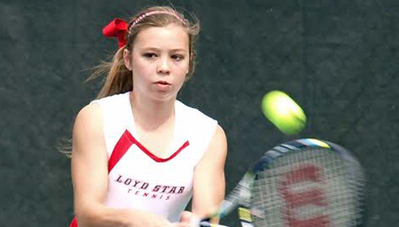 DAILY LEADER / TRACY FISCHER / Loyd Star's Ashley Locke completed in the girls singles match at Brookhill Saturday.