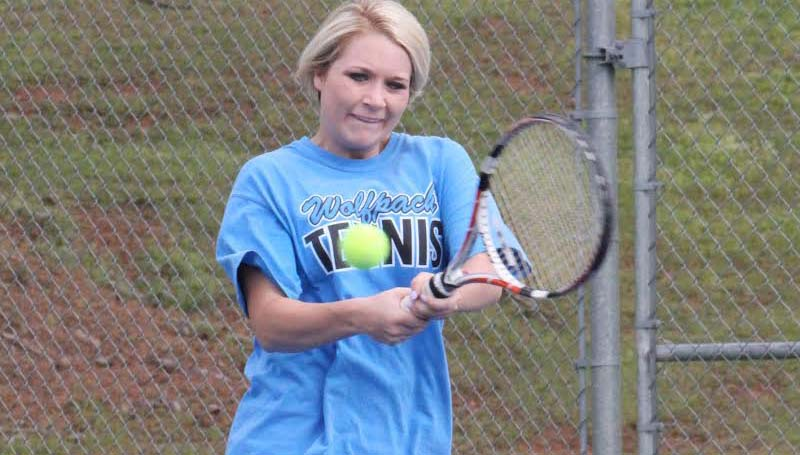 CO-LIN MEDIA / NATALIE DAVIS / Co-Lin's Melody Smith of Brookhaven defeated Johnna White of Holmes 6-4, 6-1 in No. 1 girls singles action.