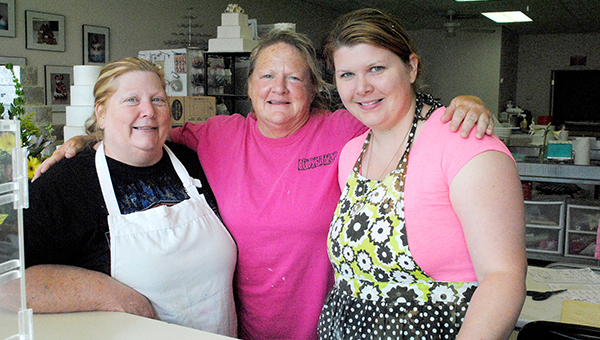 DAILY LEADER / RHONDA DUNAWAY / Sue Forsyth, (from left) Debby Bardwell and Natalie Forsyth talk about Mother's Day.